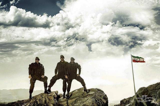 伊朗特种部队测试一单兵携行装具,士兵穿上它如电影中的未来战士